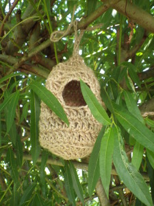Crochet bird roost